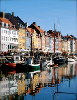 Både i Nyhavn, Copenhagen, Danmark